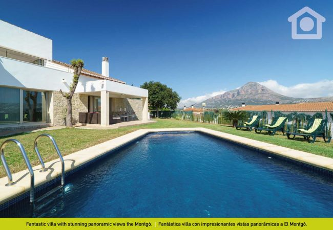 Villa in Javea / Xàbia - Solhabitat Javea Holidays, now 30% discount!